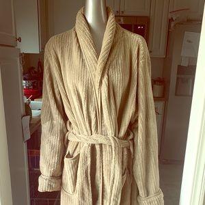 IZOD Men's Long Bath Robe GUC